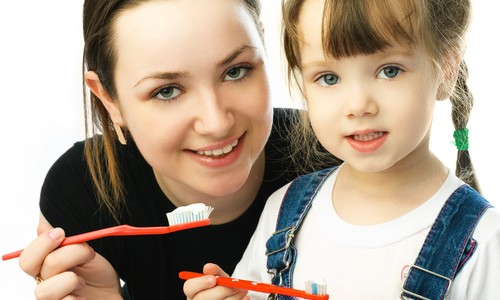 6 Simple & Easy Children's Dental Hygiene Tips for the Busy Parent.