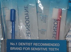 Sensodyne 3.5 toothbrush